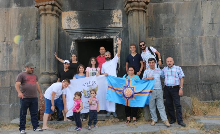(Eastern Armenian) Արեւմտյան Հայաստանի մարզիկները Ամբերդում