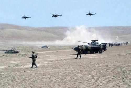 Ադրբեջանական բանակը խոշորամասշտաբ զինավարժություններ է սկսում Ղարաբաղի սահմանին եւ Նախիջեւանում