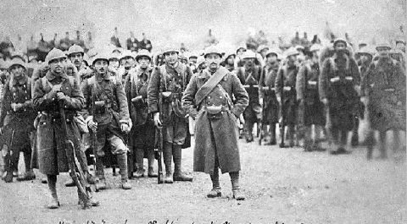 (Français) L'Hommage aux Arméniens de la Légion d'Orient
