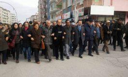 (Turkish) Malatyalı Aleviler: Diz çökmeyeceğiz
