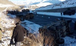 (Western Armenian) Արեւմտեան Հայաստանի մէջ երեք ռազմական ինքնաշարժ շրջուած պատճառ դառձած 15 վիրաւորի