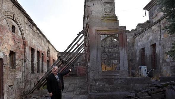 Կայսերի պատմական հայկական եկեղեցին պիտի վերանորոգուի 3,5 մլն լիրաի