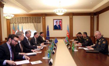 (Eastern Armenian) Ադրբեջանը Հայաստանին սպառնում է պատերազմով
