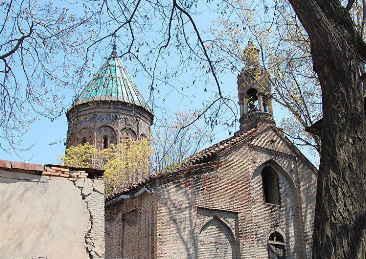 Церковные баталии в Грузии: адвокаты отстаивают права армянского храма в Тбилиси