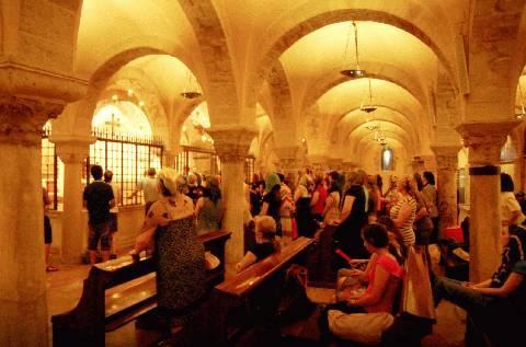 Bari, découverte des trésors cachés : un coin de l'Arménie à travers les rues de la ville