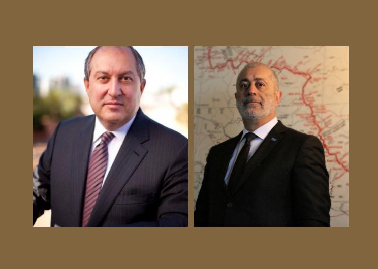Նախագահ Արմենակ Աբրահամեանը շնորհավորում է ՀՀ նախագահ Արմեն Սարգսյանին պաշտոնի ստանձնման կապակցությամբ