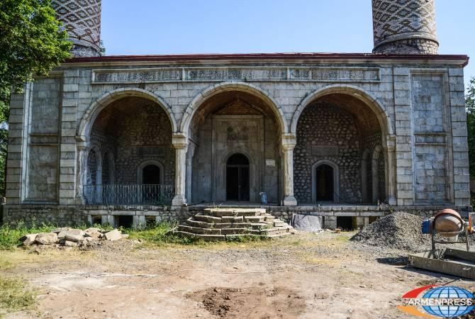 Արցախի պեղավայրերում այս տարի կեռան հնագիտական պեղումները, Շուշիի մզկիթում շարունակվում է վերականգնումը