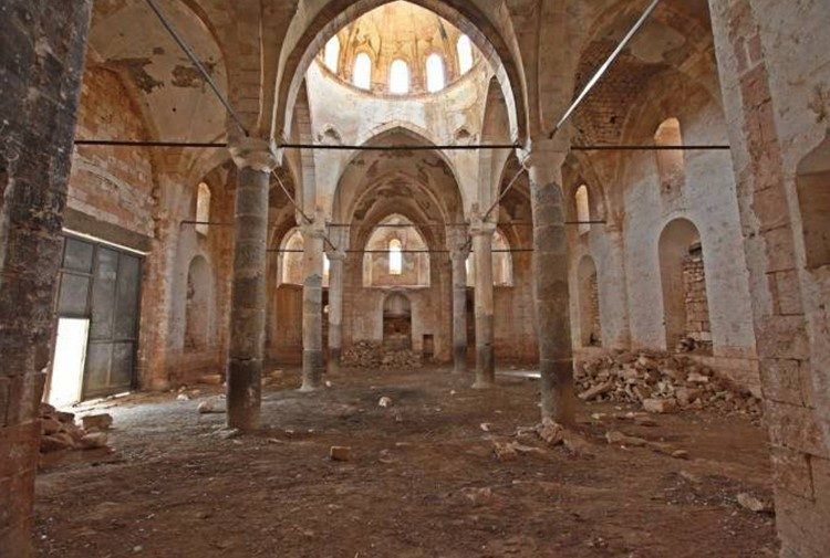 Ermenilere ait Germuş Kilisesi yıkımla karşı karşıya