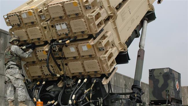 Hassaké: des Apache US en patrouille dans le ciel d'al-Shaddadeh