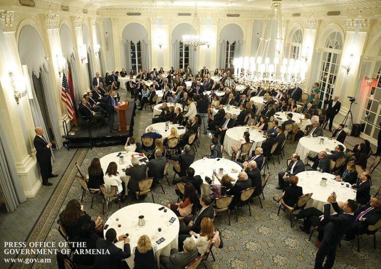 Սեպտեմբերի 23-ին Նիկոլ Փաշինյանը Նյու Յորքում հանդիպել է տեղի, ինչպես նաեւ ԱՄՆ այլ հայաշատ համայնքների ներկայացուցիչների հետ։