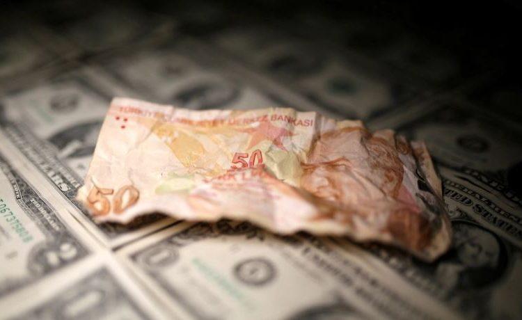 Türk Lirasının düşüşü artık soyut bir mesele değil.