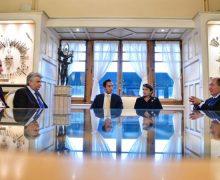 Նախագահ Արմեն Սարգսեանը գերխնդիր դիտարկած է Հայաստանը ներդրողներու համար գրաուիչ երկիր դարձնելը