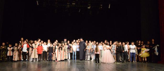 В Ахалцихе прошел благотворительный концерт посвященный 100 летию независимости  Армянской Республики и Грузии