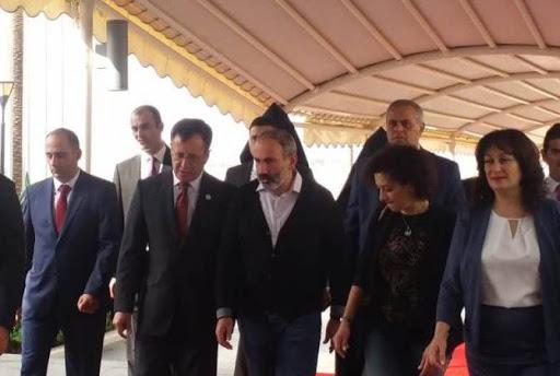 Делегация Никола Пашиняна прибыла в Бейрут