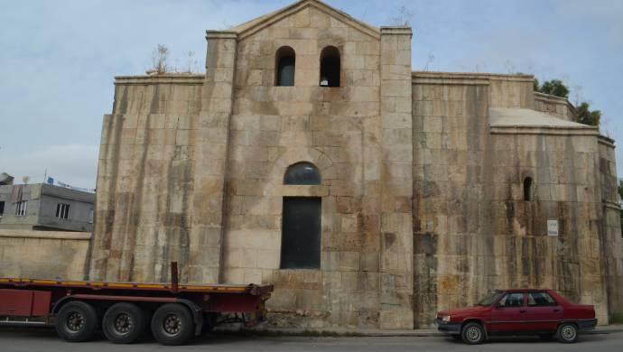 Ֆեվքանի եկեղեցին ավերակներու կոյտի  վերածուած է
