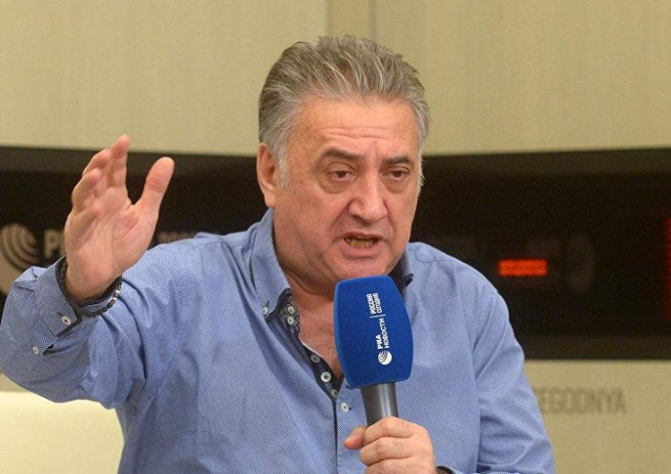 Սեմիոն Բաղդասարովը  կ՛առաջարկէ փոխել Հայաստանի Հանրապետութեան անուանումը