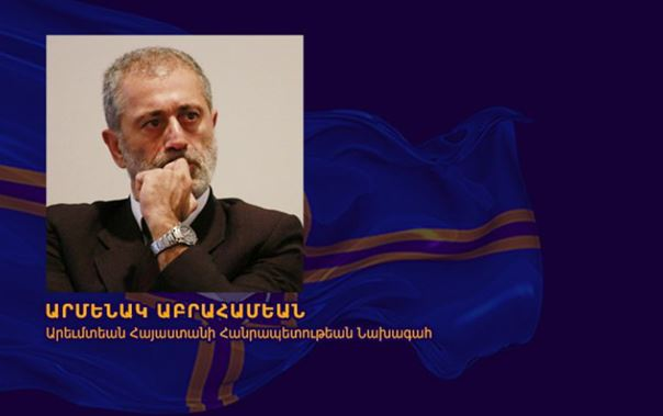 Le Président Arménag APRAHAMIAN répond  au Président MACRON