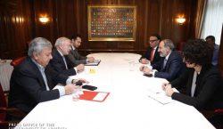 Նիկոլ Փաշինեանը Ցիւրիխի մէջ գործարարներու հետ քննարկեր է ՀՀ-էն ներս ներդրումային տարբեր ծրագիրներ իրականացնելուն ուղղուած հարցեր