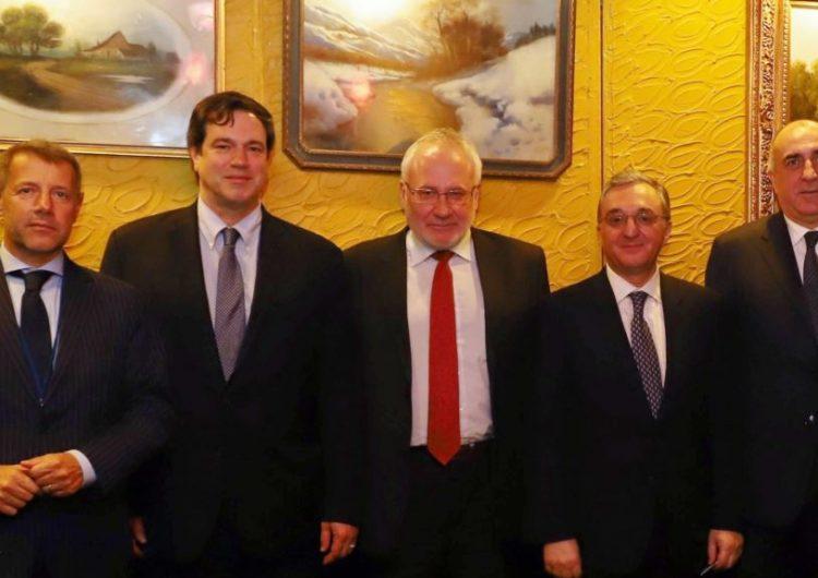 Փարիզի մէջ մեկնարկեր է Զօհրապ Մնացականեանի հանդիպումը ԵԱՀԿ Մինսկի Խումբի համանախագահներուն եւ Անջէյ Կասպրշիկին հետ