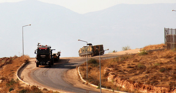Թիւրքիան նոր զինսարքեր կը կեդրոնացնէ Սուրիոյ սահմանին