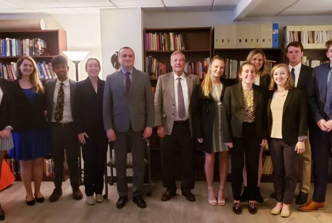 Արցախի ներկայացուցիչը հանդիպում ունեցեր է Կլեմսոնի համալսարանի խումբ մը ուսանողներու հետ