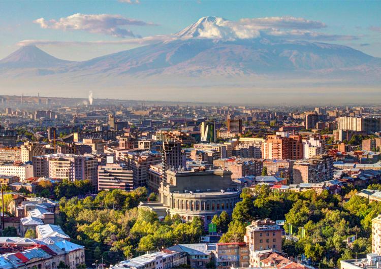 Բլումբերգն իր ծաւալուն յօդուածով անդրադարձեր է Հայաստանին