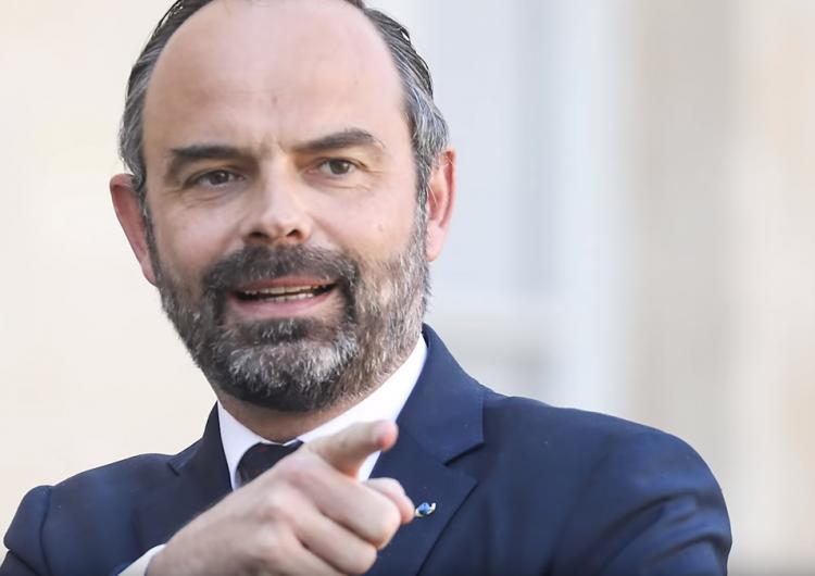 Fransa Başbakan Eduard Philip, Devlet Başkanı'nın imzaladığı 24 Nisan kararının uygulanmasından sorumlu
