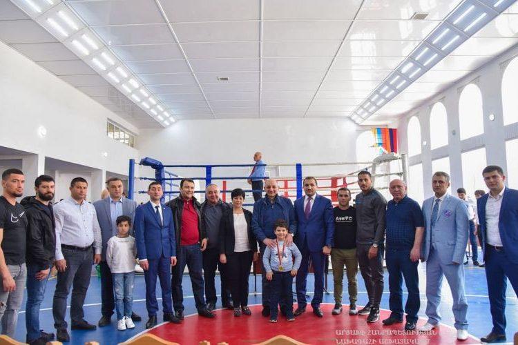 Бако Саакян присутствовал на открытии первого чемпионата по кикбоксингу в Арцахе