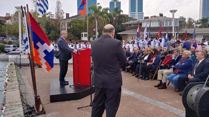 Делегация Арцаха в Уругвае приняла участие в мероприятиях, посвященных 104-ой годовщине Геноцида против армян