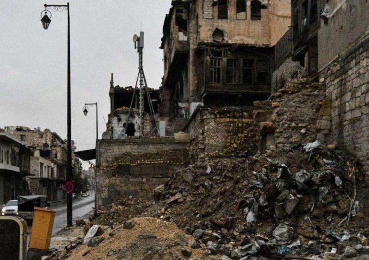 Районы Алеппо и Латакии подверглись обстрелу