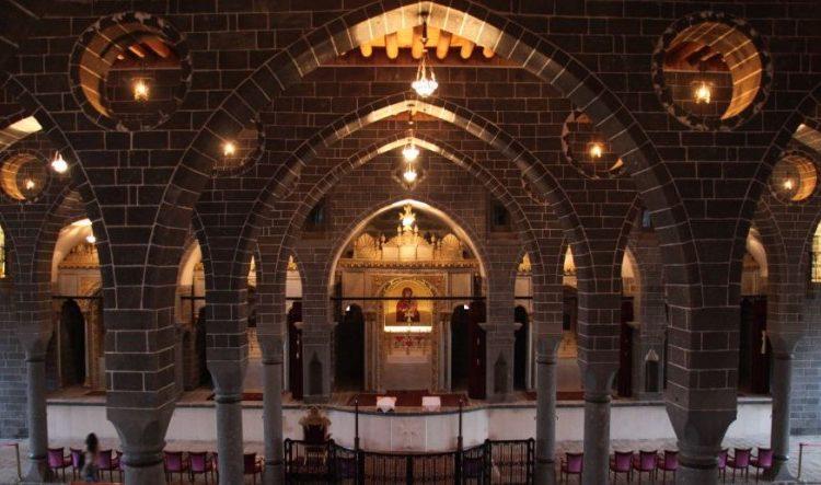 Սուրբ Զատիկի տօնը Տիգրանակերտի մէջ