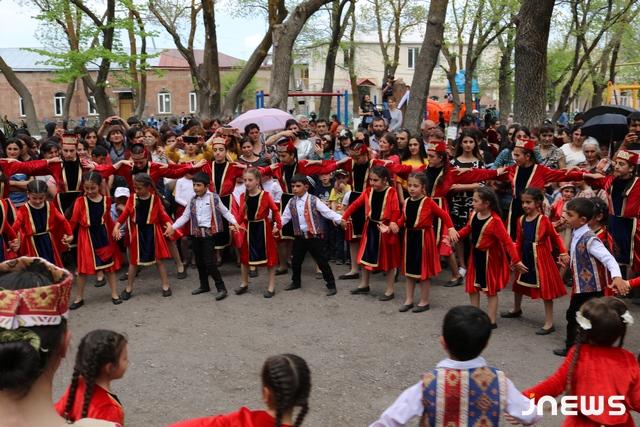 Akhalkalak'da Ulusal Kostümler Günü