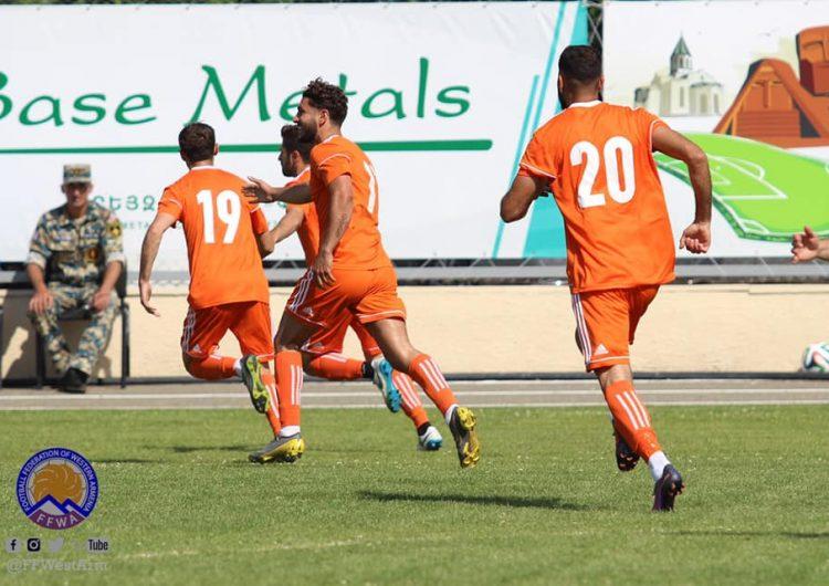 Batı Ermenistan ulusal futbol takımı Sekei Land ulusal futbol takımını 5-0 gibi bir skorla yendi