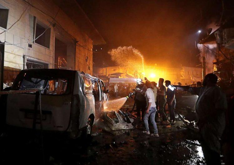 В результате взрыва машины в Сирии погибли 13 человек