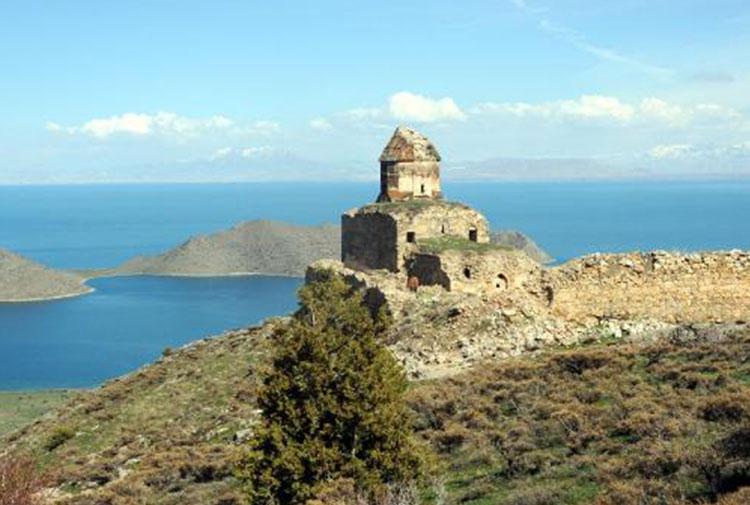 Возможно, что армянская церковь св. Товмаса в Ване,будет отремонтирована