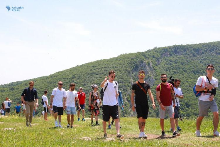 CONİFA-2019 katılımcıları için bir gezi düzenlendi. Onlar Artsakh ile etkilendi