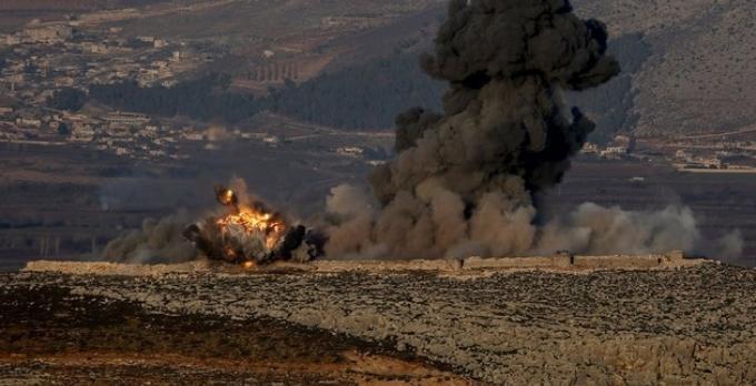 Suriye'deki Kürtler Türk askeri üssüne saldırdı