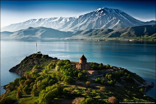 «Рай на небесах, а на земле, Ван!» Британская газета написала об озере Ван и армянах