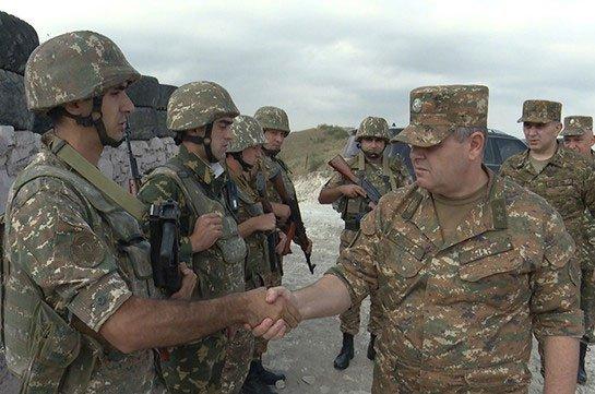 ՀՀ Զին-Ուժերու գլխաւոր շտաբի պետն այցելեր է առաջնագիծ