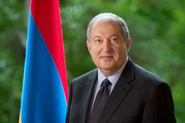 Ermenistan Cumhuriyeti Cumhurbaşkanı Armen Sarkisyan çalışma ziyareti çerçevesinde Fransa'ya gitti