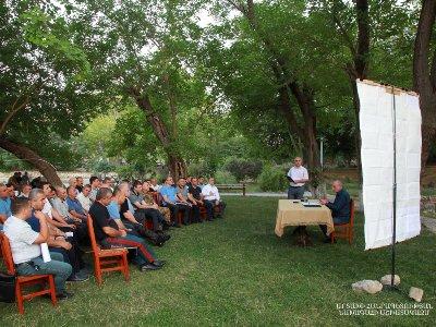 Artsakh Cumhuriyeti Devlet Başkanı Bako Sahakyan, Artsakh'ın  Tigranakert şehrinde bir danışma toplantısı gerçekleştirdi