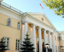 ՀՀ դեսպանը ռուսական լրատուամիջոցին ներկայացուցեր է Լազարեան ընտանիքին պատկանած կալուածները