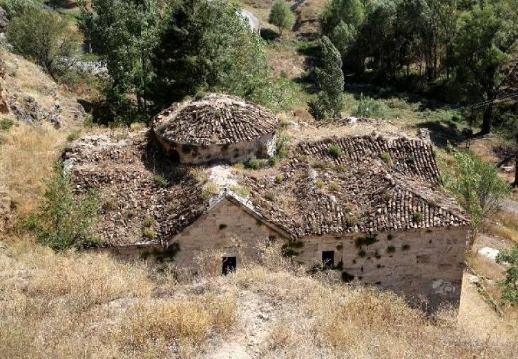 Batı Ermenistan'ın Sebastia şehrindeki Surp Gevorg Ermeni Kilisesinin yeniden inşa edilmesi planlanıyor