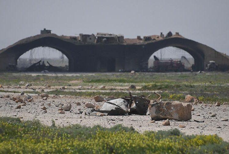 В результате взрыва на базе ВВС в Сирии погибли 20 человек