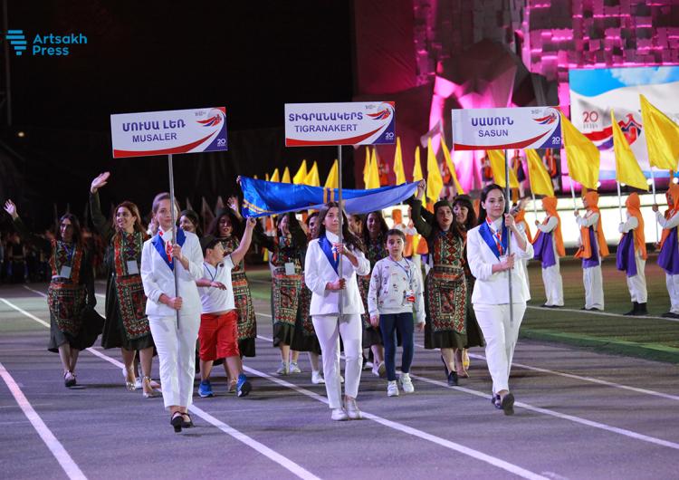 Արեւմտեան Հայաստանի կազմը մասնակցեր է Համահայկական 7-րդ խաղերու բացման հանդիսաւոր արարողութեան՝ Ստեփանակերտի մէջ