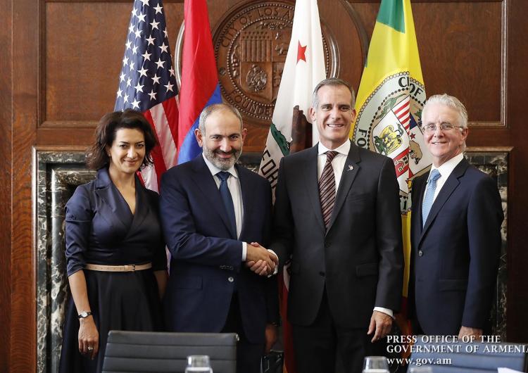 Премьер-министр Армении и мэр Лос-Анджелеса обсудили перспективы развития сотрудничества