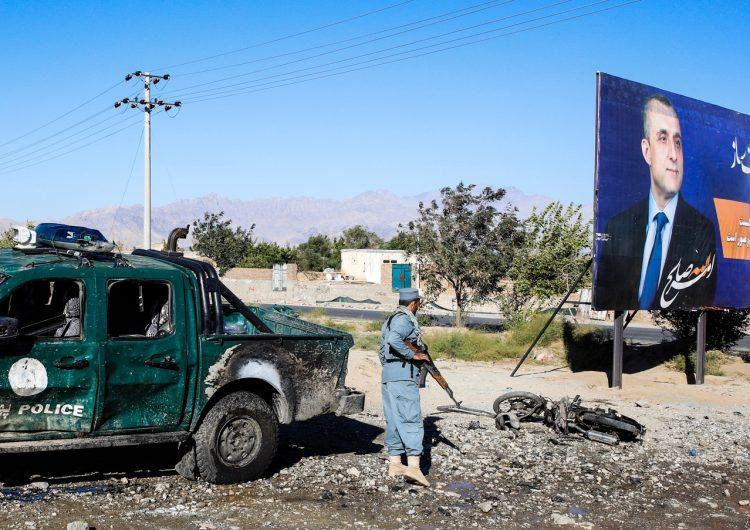 В Афганистане в результате взрыва на предвыборном митинге президента погибли десятки человек