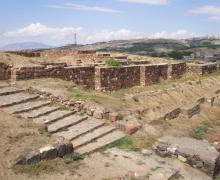 Էրեբունի ամրոցի տարածքին նոր խճանկարներ եւ տաճարի մը հիմքերը յայտնաբերեր են