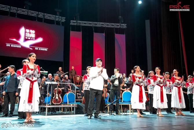 Uzun aradan sonra Ara Gevorgyan, bir programı çerçevesinde, memleketinde konser verdi