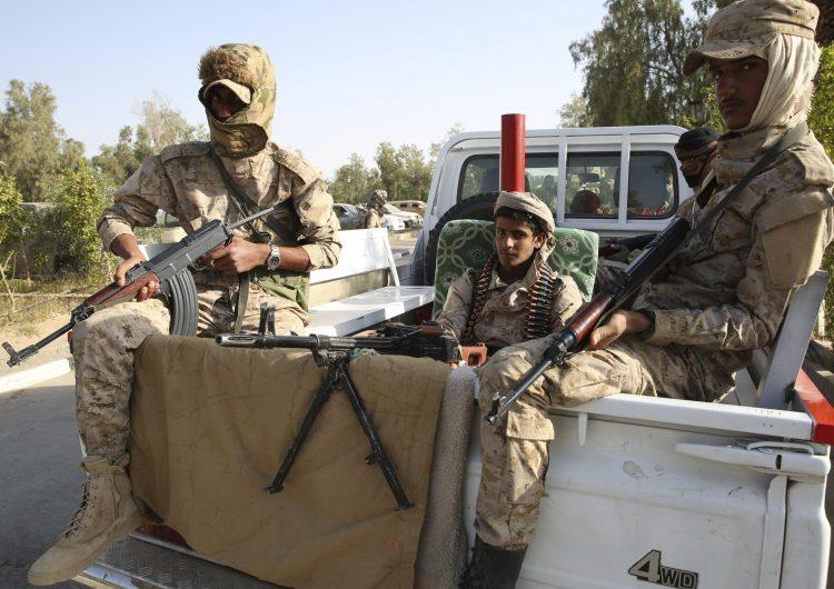 Arap koalisyonu Yemen'de askeri operasyon başlattı